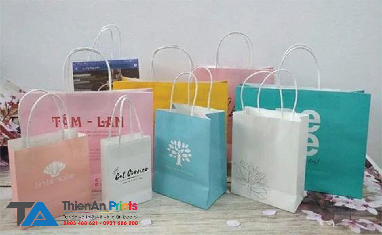 Mẫu túi giấy quảng cáo